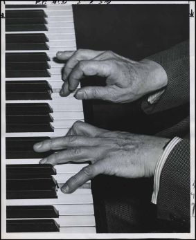 hands-rubinstein