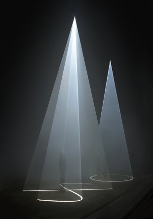 anthony mccall dark rooms solid light