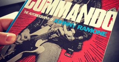 Commando - Johnny Ramone - autobiography