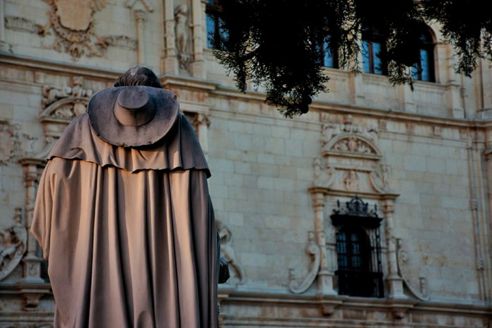 Luz cisneriana en la universidad patrimonio mundial