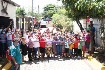 En Unidad para la Prosperidad los Reparto Carmita, Rubén Darío y Corazón de Jesús estrenan calles para el pueblo.