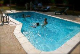 piscina vacanza 264x180 Home Page Agriturismo Al Casale