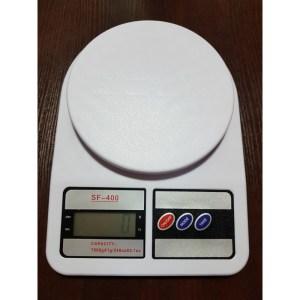 Waga elektroniczna max. 7kg dokładność 1g