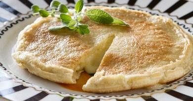 Pão de queijo de frigideira: receita light e funcional