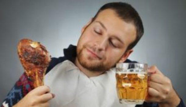 Bebida alcohólica nociva para el hígado