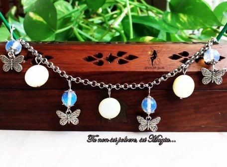 Bracciale con farfalle e pietre
