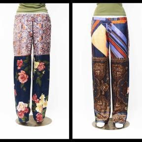 Freschi, pratici e come sempre unici! Sono i pantaloni ricavati dai foulards vintage degli anni 60′-80′ che abbinati a semplici magliette e canotte colorate, possono dare quel tocco di estrosità che non può mancare nelle calde serate estive!