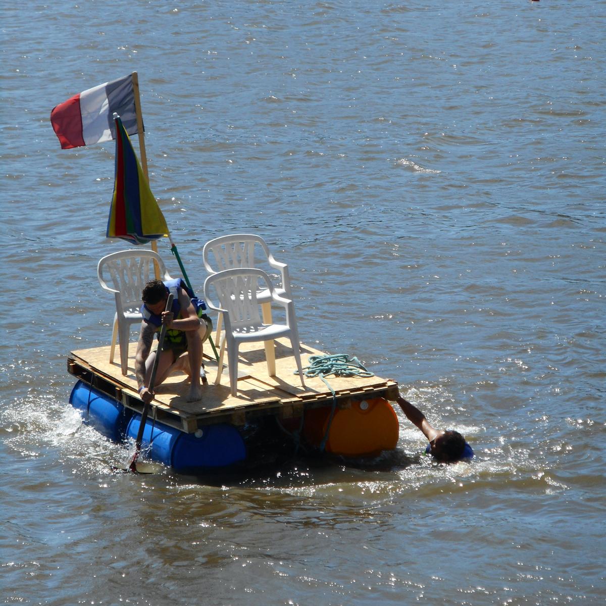 Course de radeaux à Vichy - juin 2017