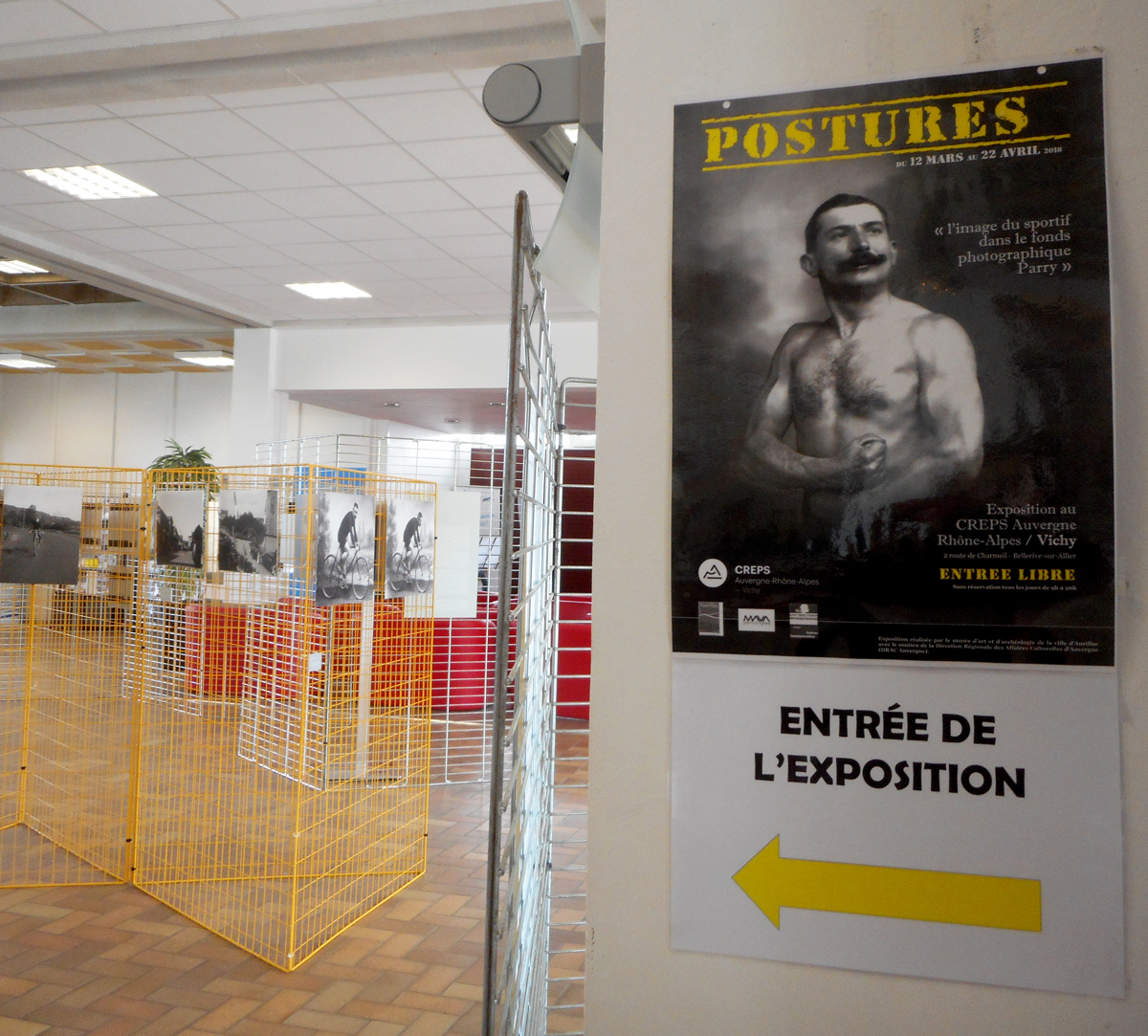 Expo Postures