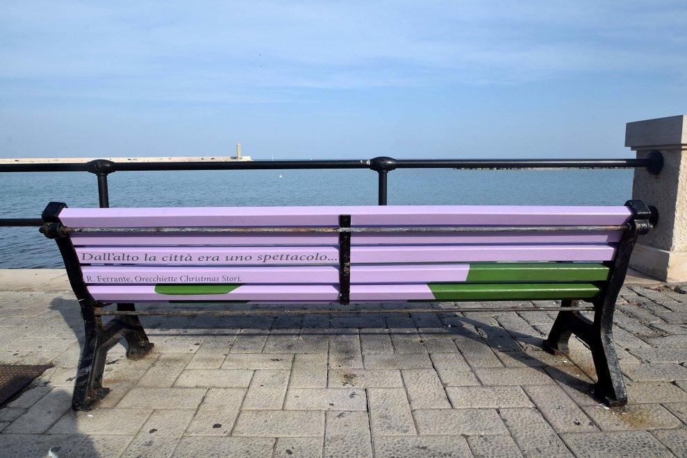talking bench