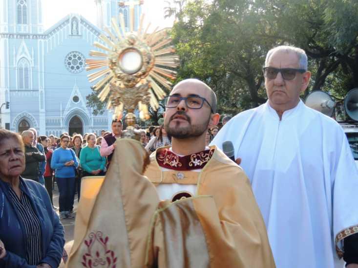 Procissão de Corpus Christi, uma festa de fé, devoção e cores