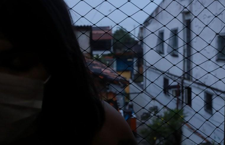 Violência contra a mulher é tema de alunos do Emílio; nas redes sociais todos podem conhecer e votar no trabalho