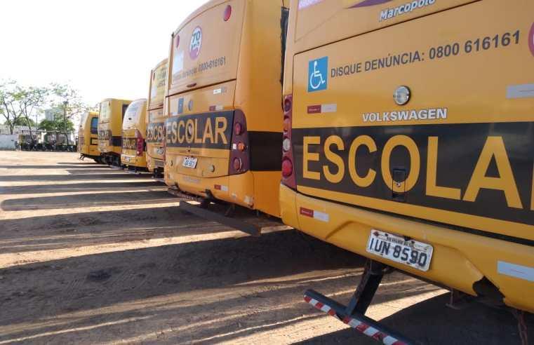 Ônibus passam por vistorias para levar eleitores às secções no interior de Alegrete