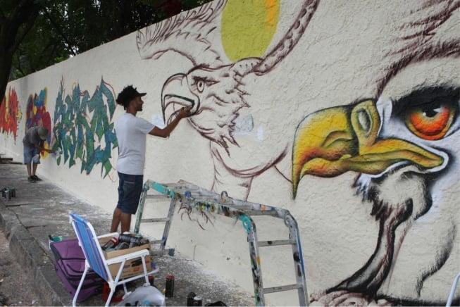 Coletivo Multicultural vai possibilitar aos artistas plásticos criar arte no muro