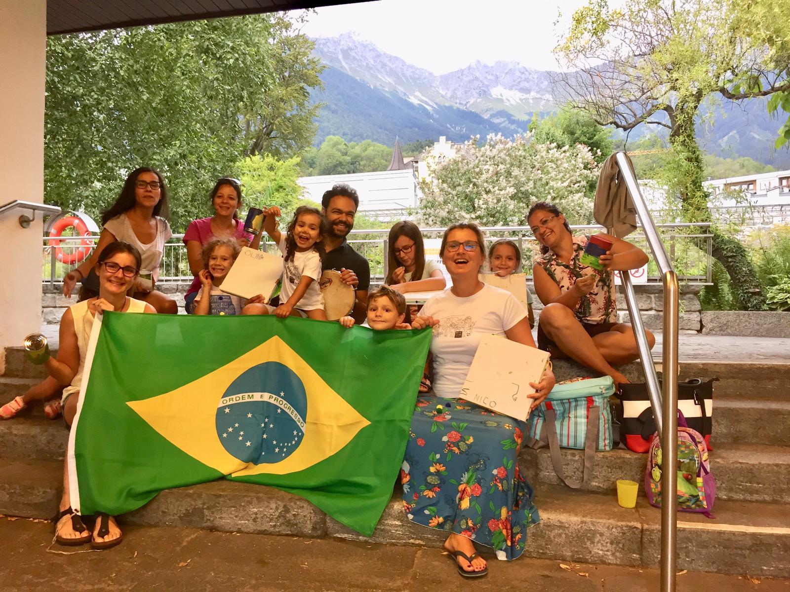 Na terra da valsa, alegretense desbrava o mundo e dá aulas de Português para minorias, na Áustria