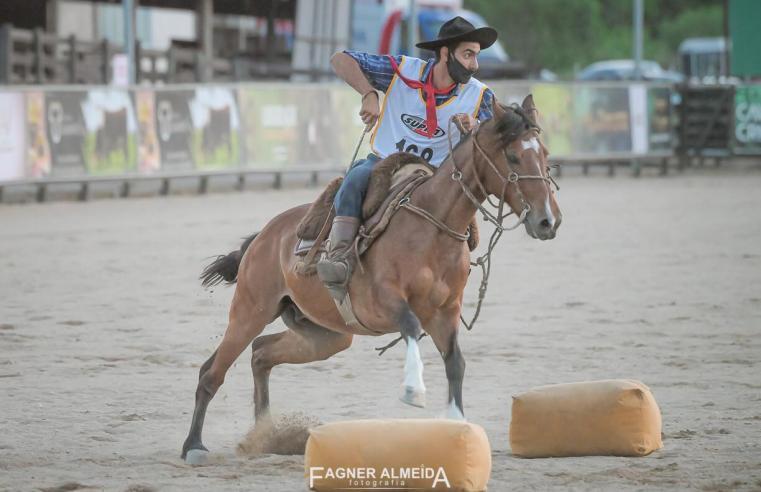 Fábio Santos ficou em segundo lugar na prova inclusão de ouro, de cavalo crioulo, em Esteio