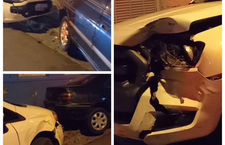 Condutor bate em carros estacionados na General Sampaio