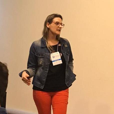 Live com professora da Unipampa enfoca fome, desigualdades na pandemia e possíveis soluções