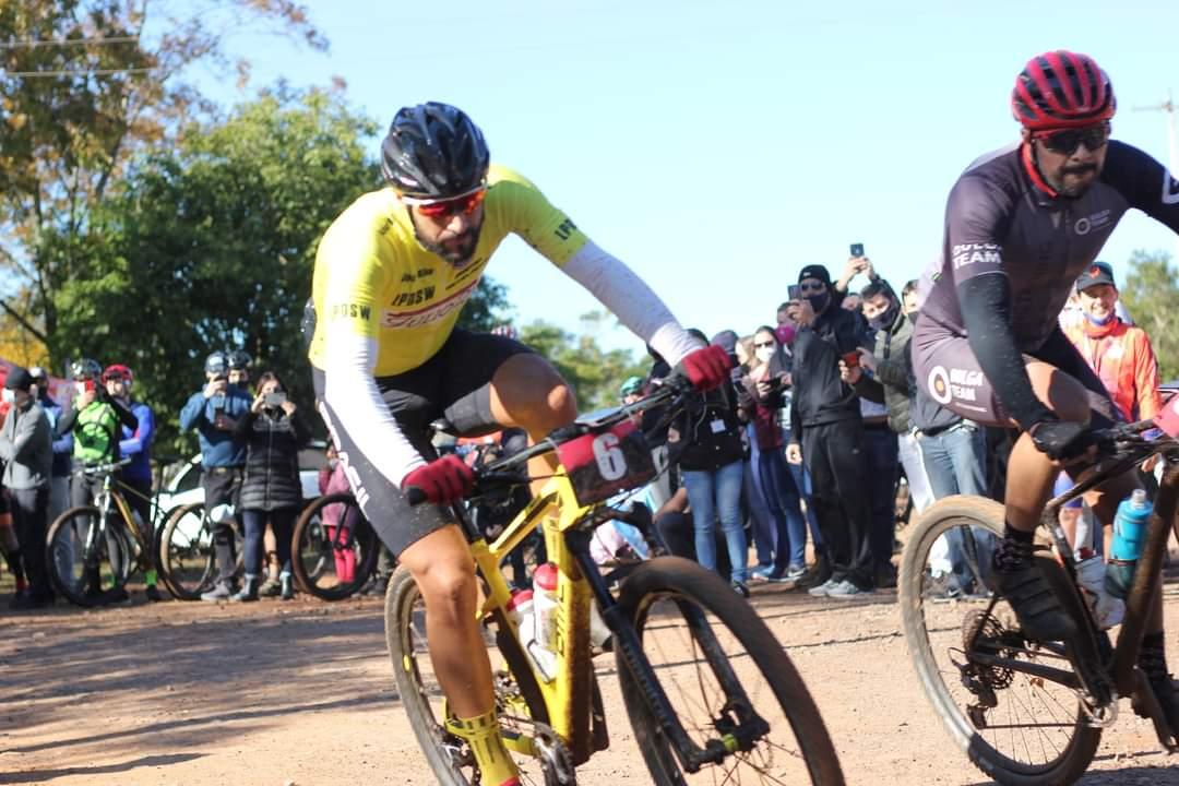 Ciclista Erlan Aita vence Desafio Cabeça da Raposa com mais alegretenses no pódio