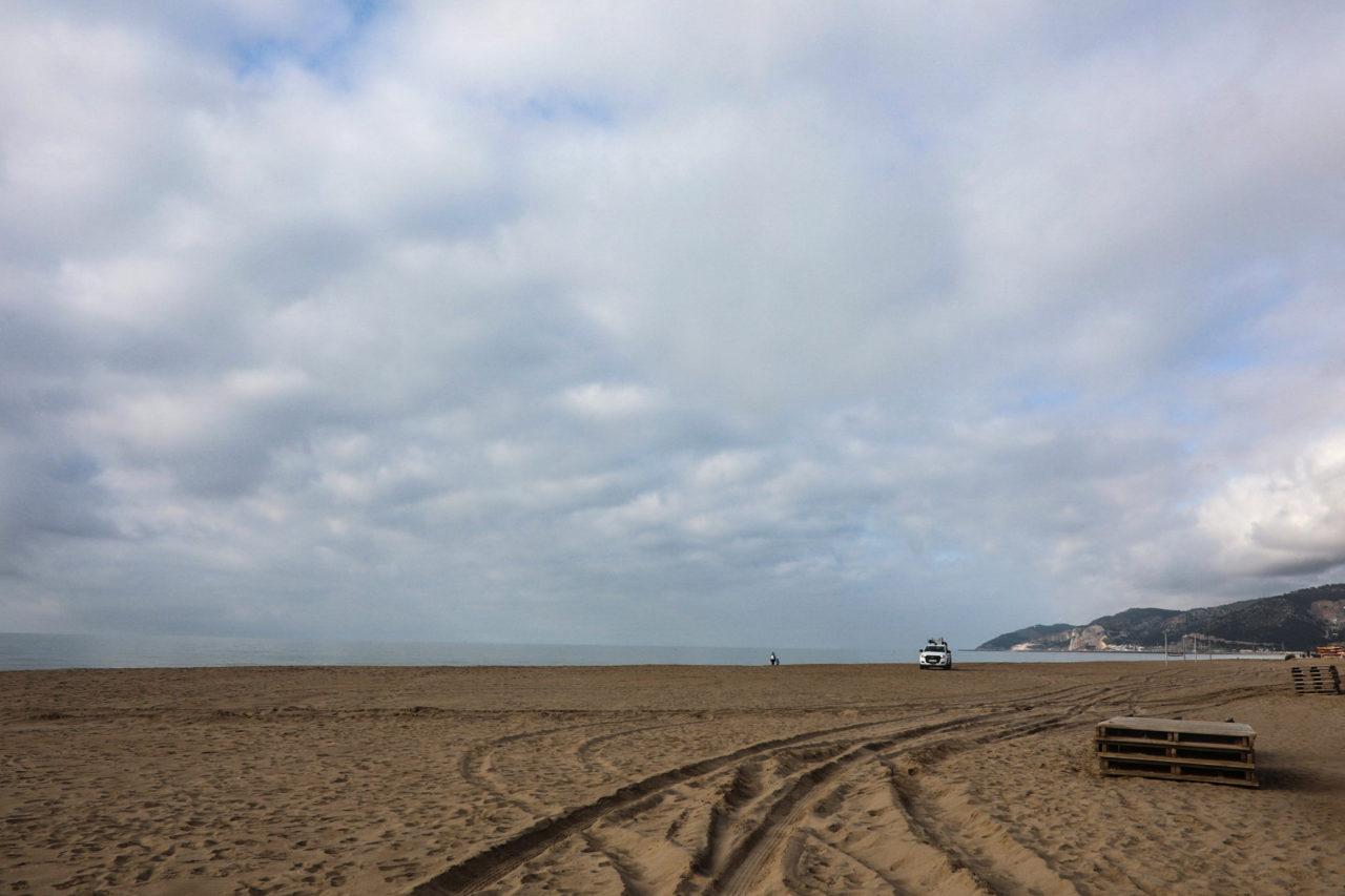 beach empty