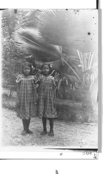 Emma and Lena - Namdrik Atoll