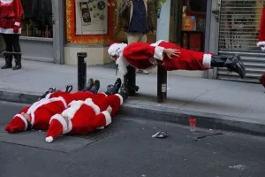 santas_who_forgot_how_to_santa_02
