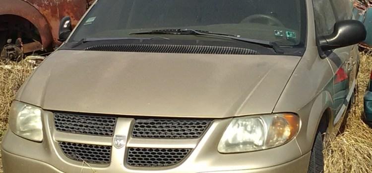 Hallan en Celaya 10 vehículos robados en Querétaro