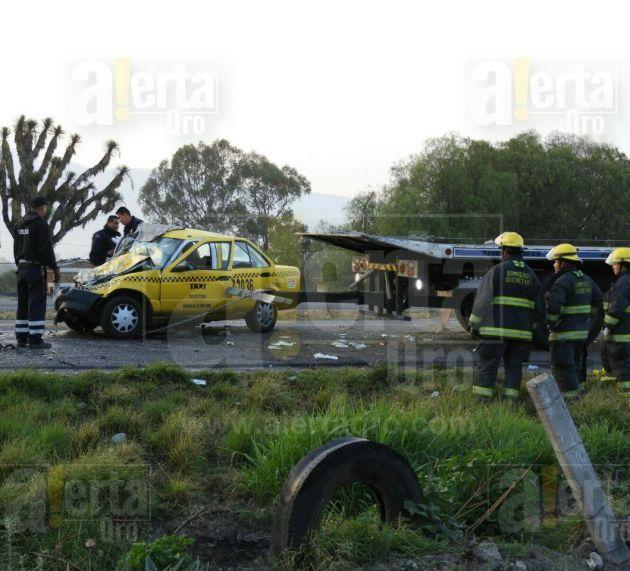 1 muerto y 5 heridos tras choque en la Qro – San Luis