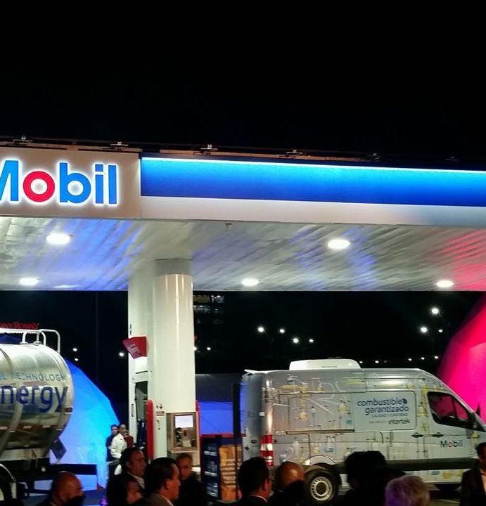 Inauguran gasolinera Exxon Mobil en Querétaro, primera en México que no comprará combustibles a Pemex