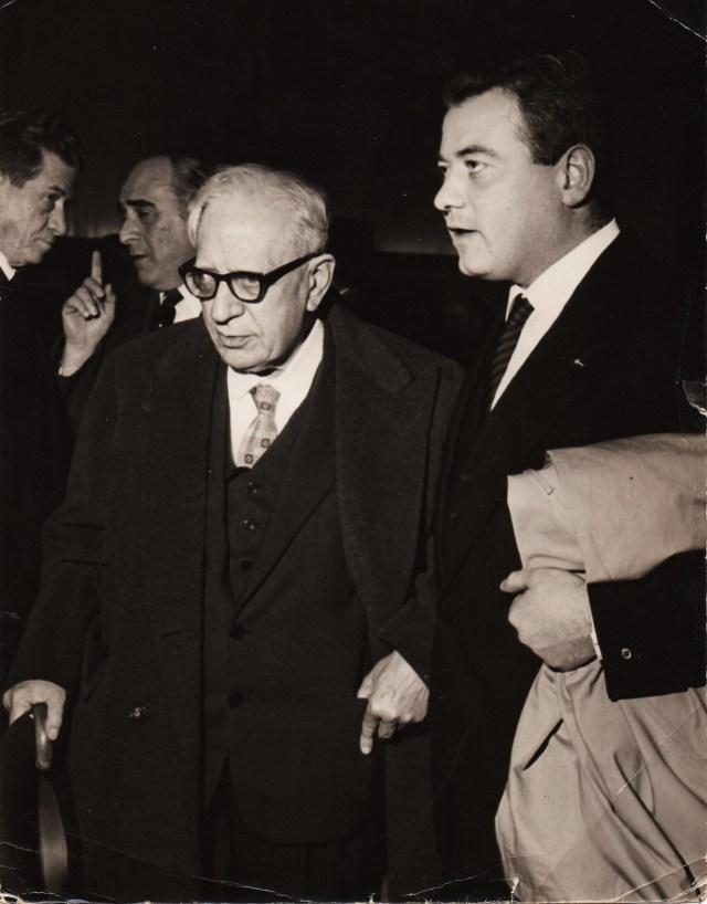 Luigi Necco con l'archeologo Amedeo Maiuri (dall'archivio fotografico di Luigi Necco)
