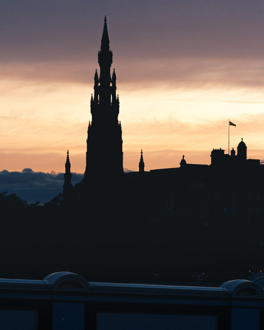 Scozia - Il monumento a Scott ad Edimburgo
