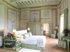 bedroom castle in chianti