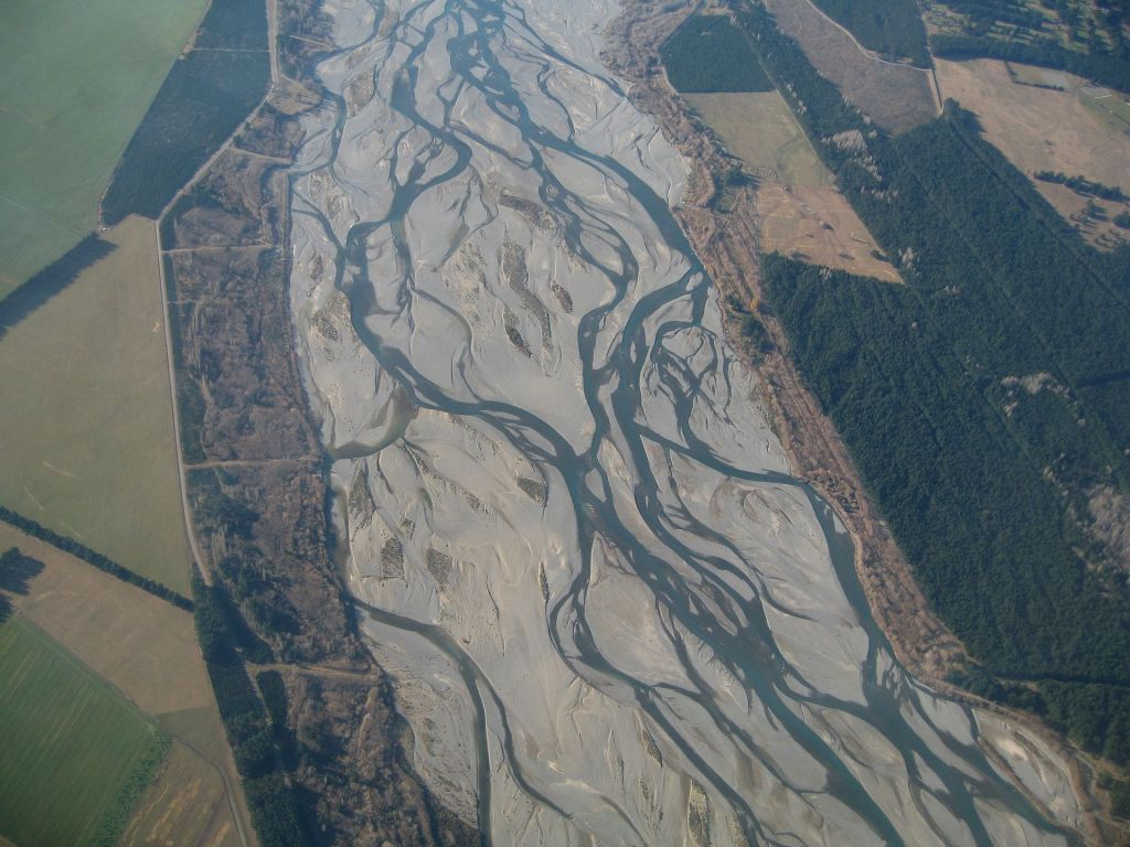 A braided channel on the Waimakariri River. Source: Wikipedia