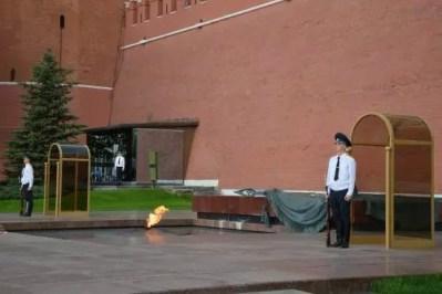 Ewigen Feuer und Grab des Unbekannten Soldaten
