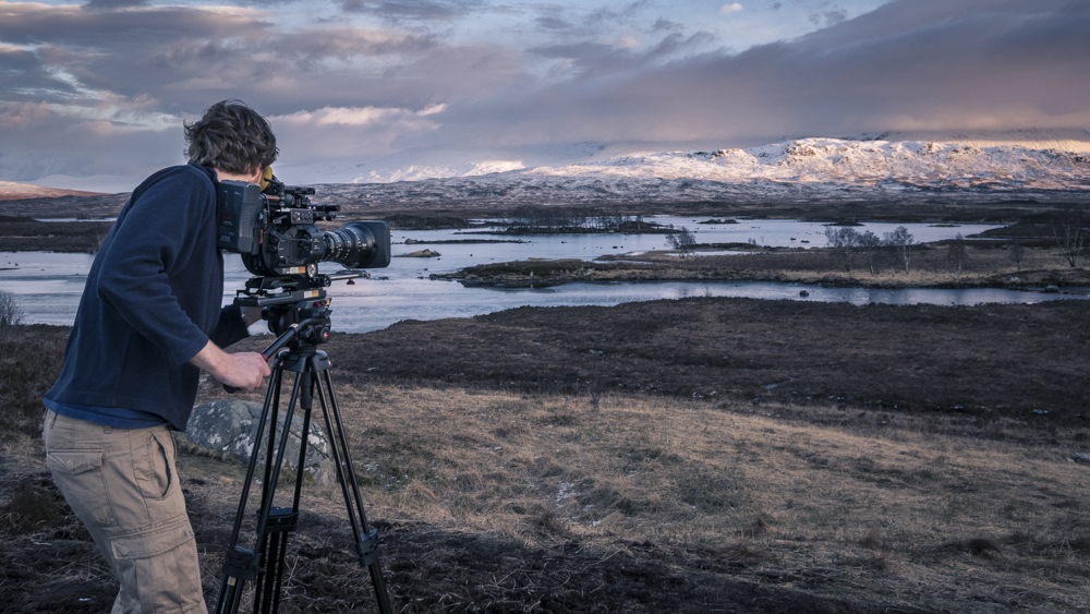 Alex Stone using the Sony FS7 and Fujinon 19-90mm