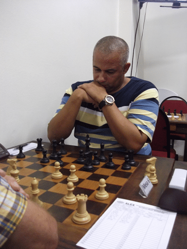 """Além de Organizador da prova, o alexano José Claide Teixeira Barros também participa do torneio, estando na Classe """"B"""" com 1604 pontos de rating."""