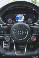 Audi TT RS Arablau Kristalleffekt