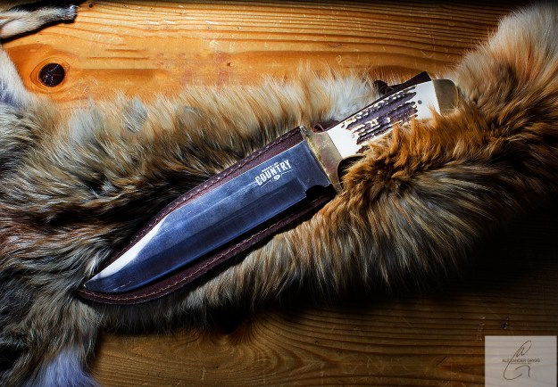 alex-grigg-mind-blowing-product-photography-hunting-knife