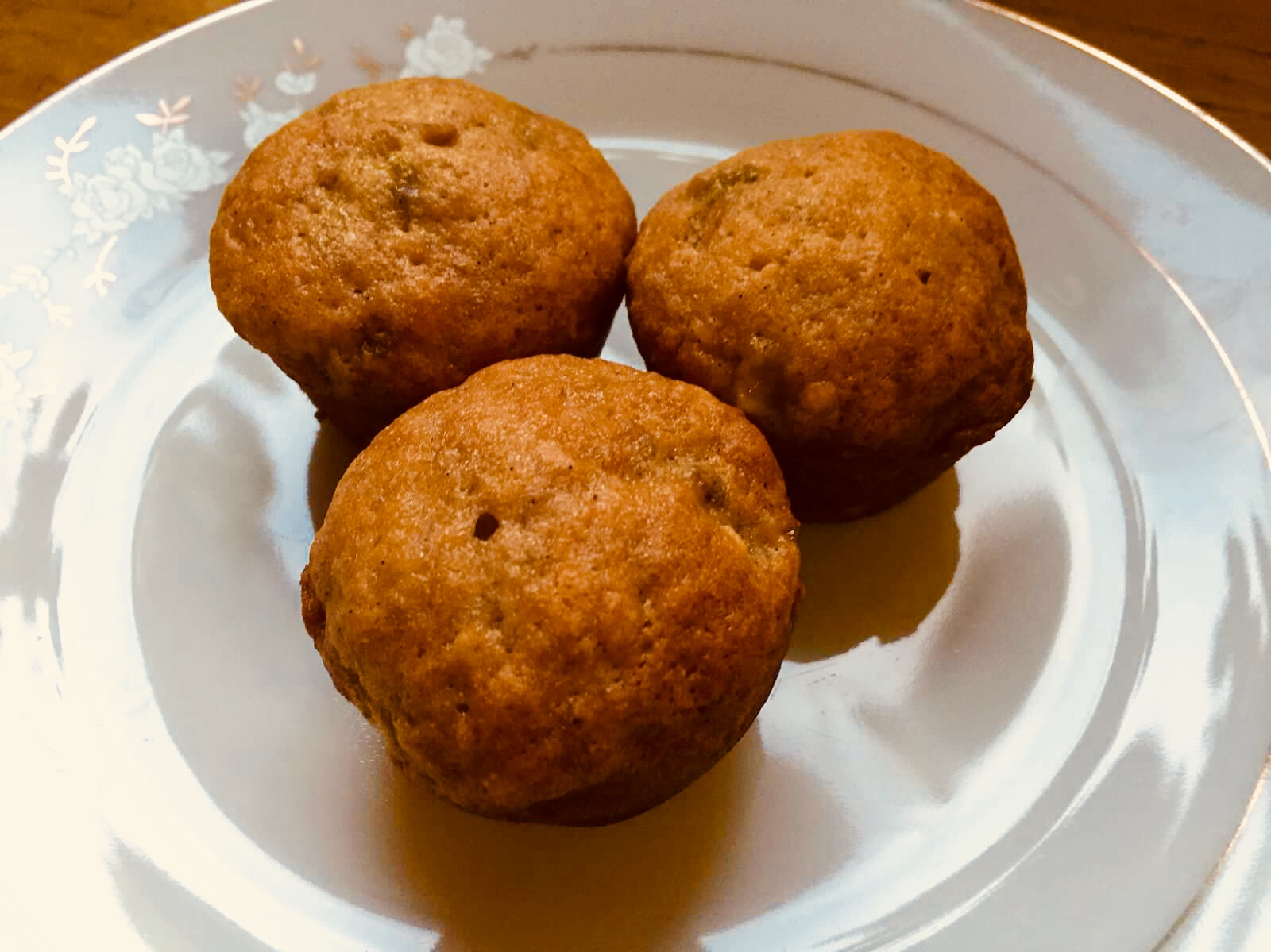 Golden Raisin Carrot Cake Mini Muffins (No Nuts) from Alexandersmom.com