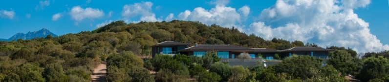 Stunning villa for rent in South Corsica