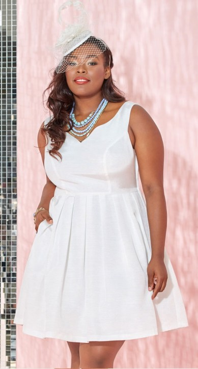 d5f785578d890 plus-size-white-party-dress-11 - Alexa Webb