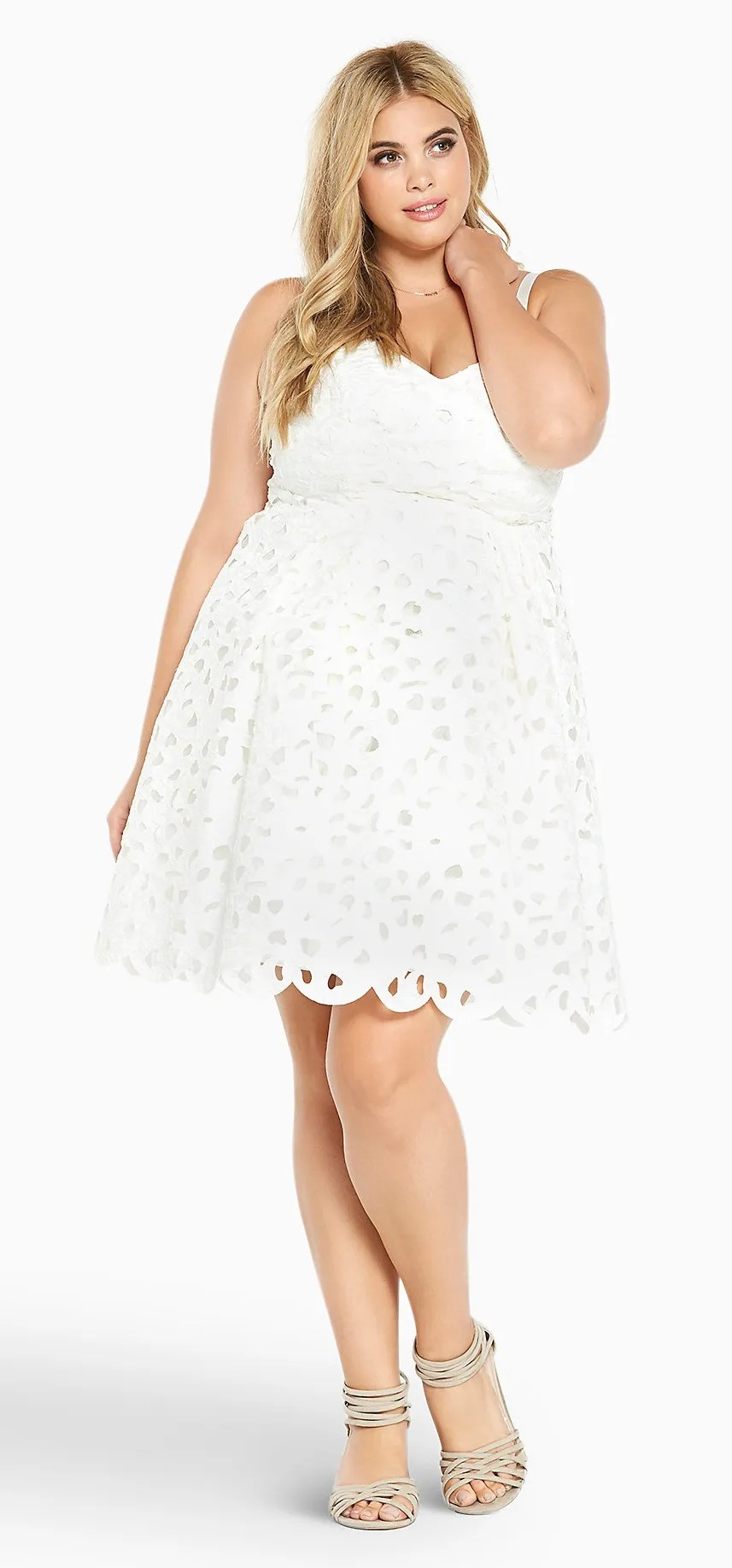 12 Plus Size White Party Dresses - Alexa Webb