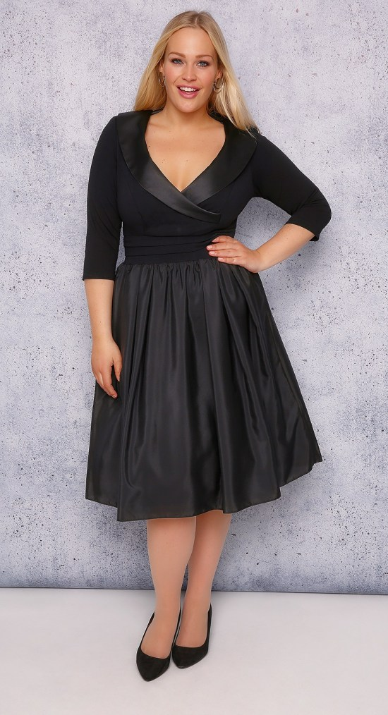 36 Plus Size Wedding Guest Dresses {with Sleeves} - Alexa Webb