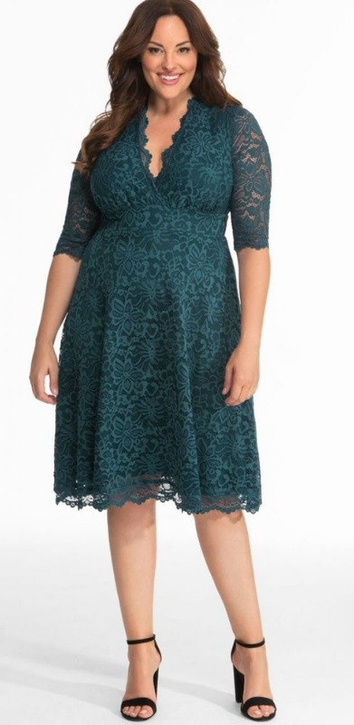 48 Plus Size Party Dresses with Sleeves - Plus Size Wedding Guest Dresses - Plus Size Fashion for Women - alexawebb.com #plussize #alexawebb