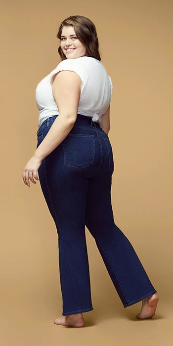 Good American Jeans - Plus Size Good Flares - Flared Jeans - alexawebb.com