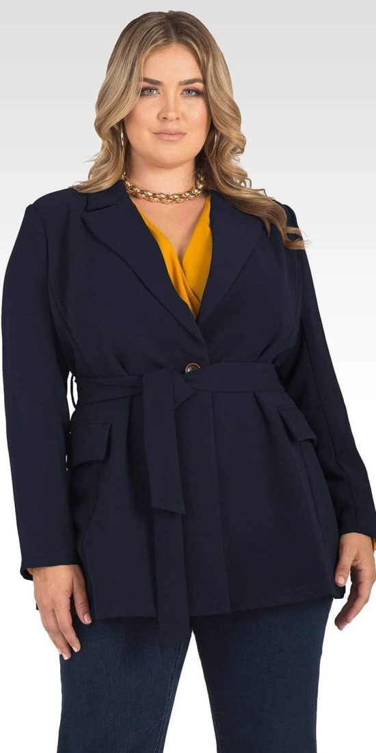 Plus Size Jackets for Inverted Triangle Shapes - Alexa Webb #plussize #alexawebb