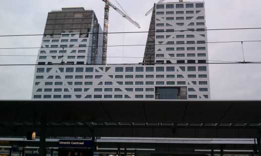 Tall buildings emerging adjacent to the Utrecht Centraal rail station. Photo by the author.