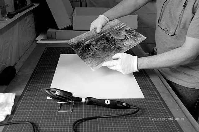 Dry mounting baryta fibre based prints