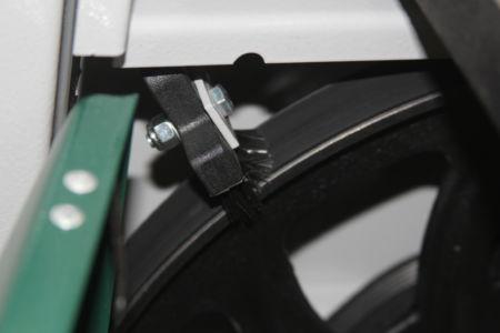 Bürstenreinigung des unteren Rades