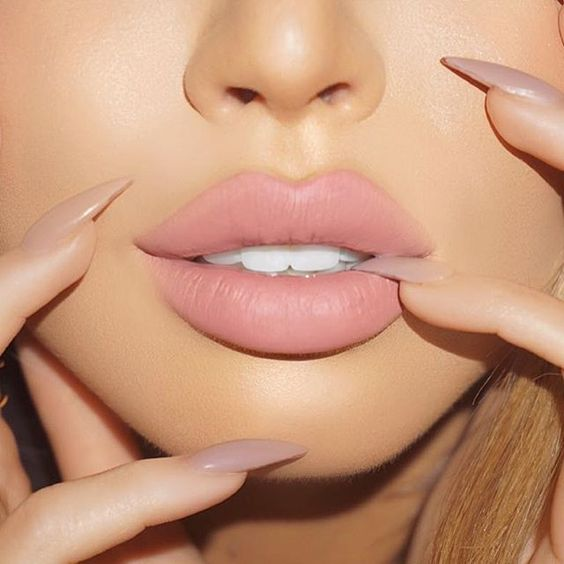 pink nude, lips, colour, trend, beauty, lipstick, colour